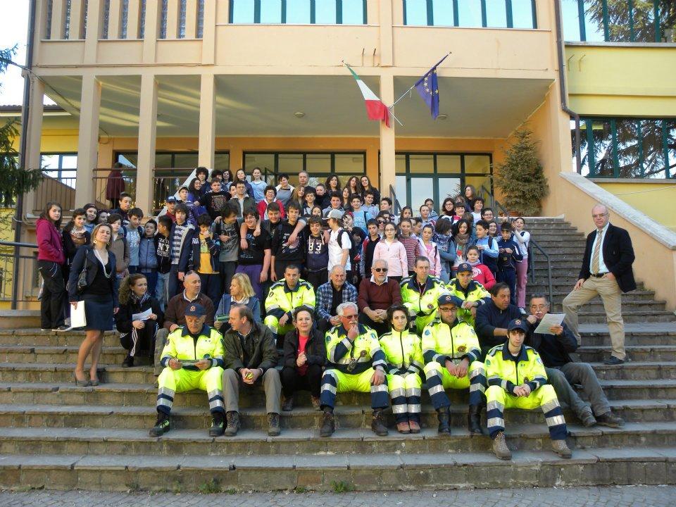 Le classi ed i collaboratori della pulizia delle strade nrl 2012